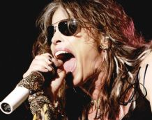 Steven Tyler Autograph Photo Signed